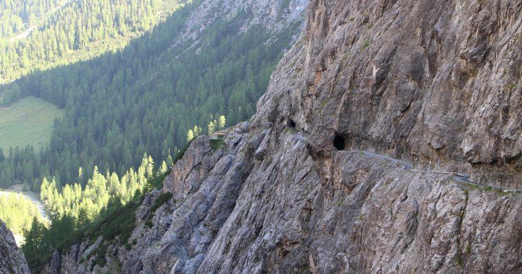 Südtirol/Schweiz: Wanderung zur Uina Schlucht