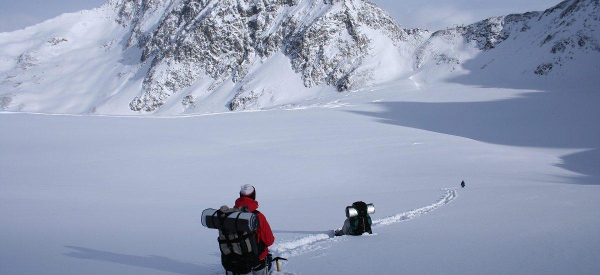Wandern im Winter: Das solltest du jetzt unbedingt beachten